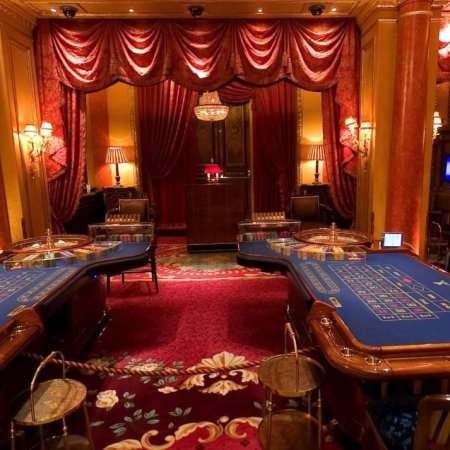 Try a Truly British Casino Experience at the Ritz Club in London